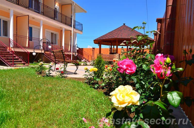 Бахчисарай Крым снять жилье возле моря Песчаное +79787016079