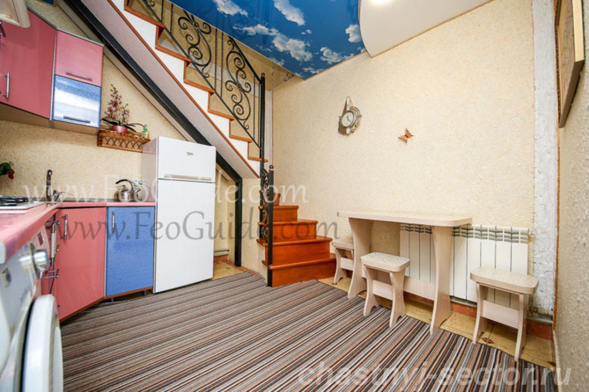 Однокомнатный домик Люкс в центре Феодосии,  ул. Куйбышева ... +79787433813