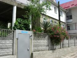 Гостевой дом: Краснодарский край, Сочи, Лазаревский район, посёлок Лоо, Жигулевская улица