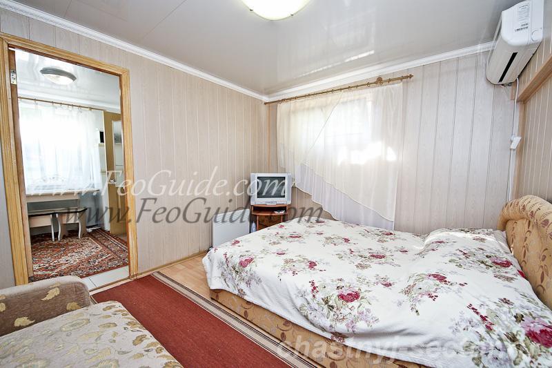 Недорогой однокомнатный домик в самом центре Феодосии +79787433813
