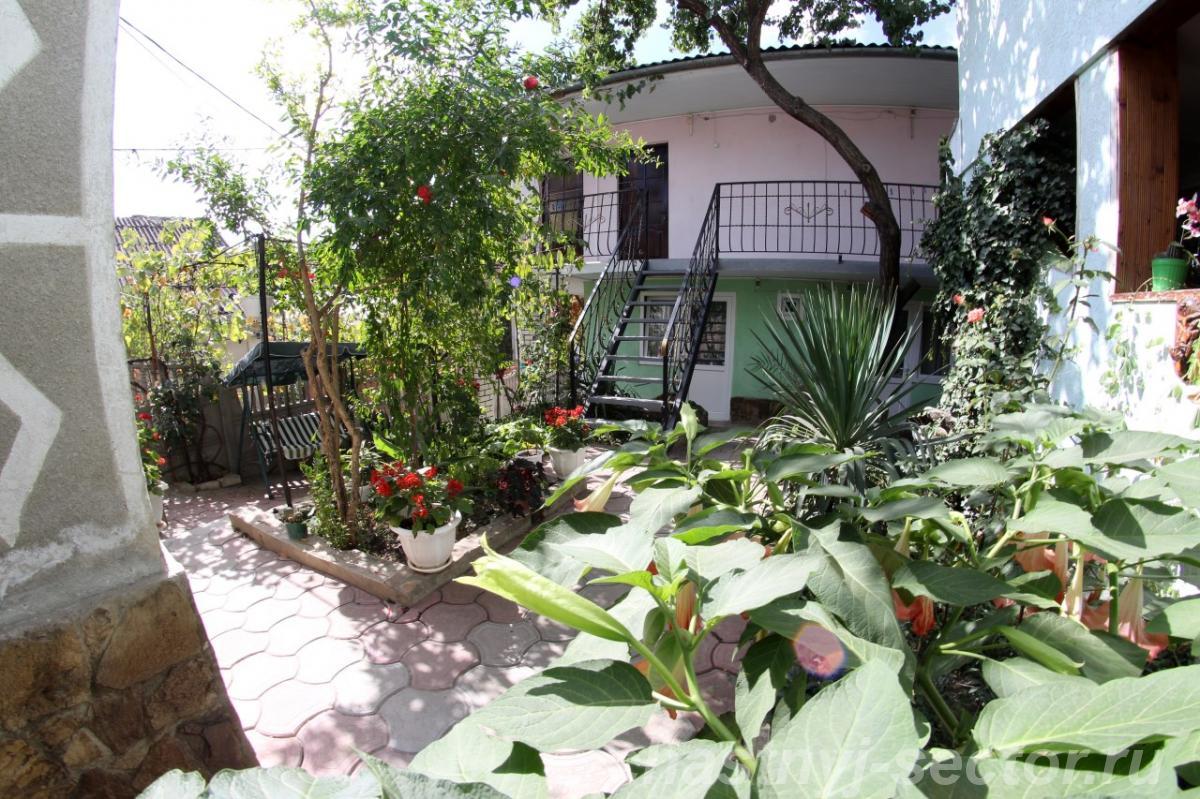 Гостевой дом Зеленый берег +79781180048