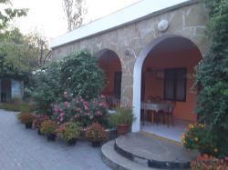 Гостевой дом Надежда ждет вас для отдыха в Крыму