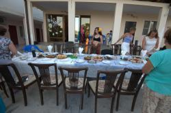 Семейный отдых.  Поселок Приморский находится в Гудаутском районе