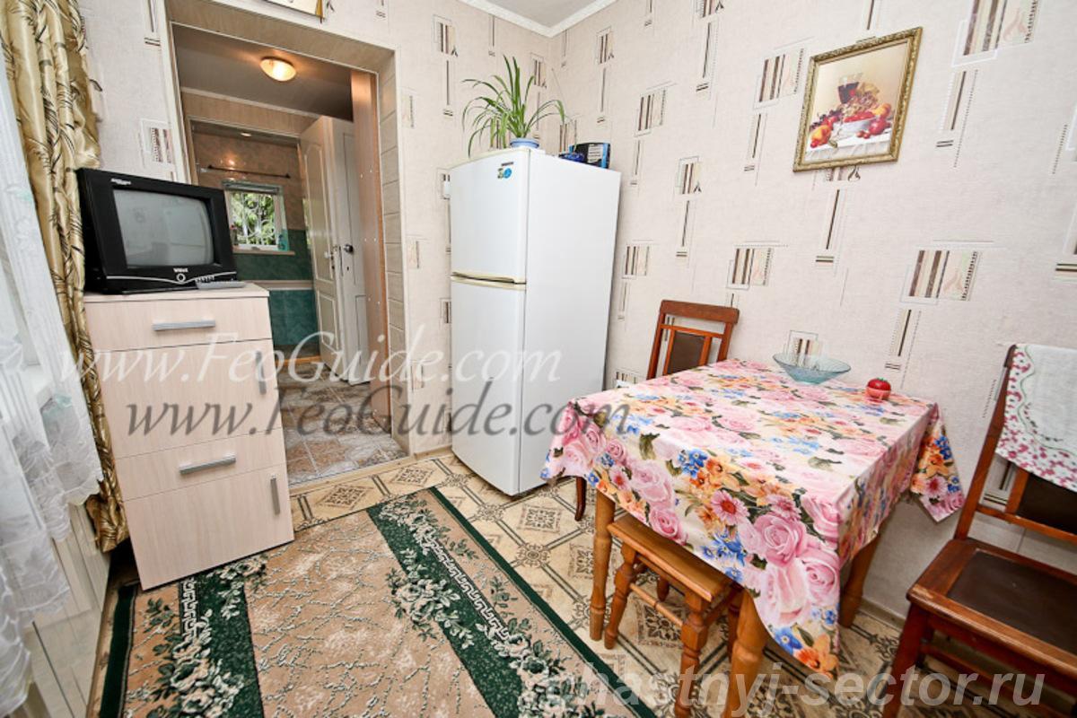 Двух комнатный частный дом со всеми удобствами +79787433813