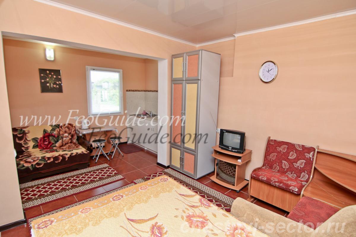Одно комнатный домик люкс в 5 минутах от моря,  ул.  Федько +79787433813